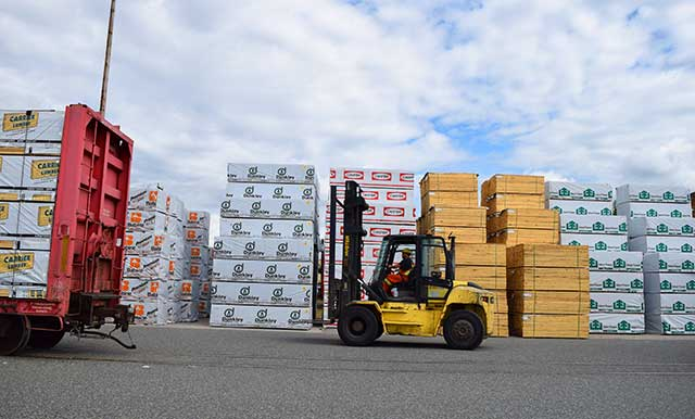 Lumber and forest products from Canada to the World